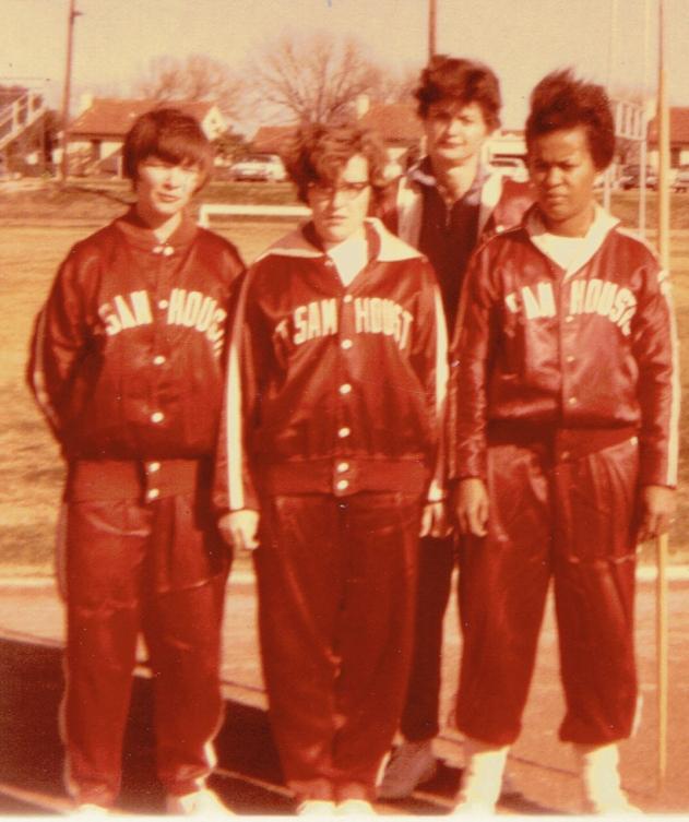 legs-peggy-mary-grif-ft-sam-womens-track-team-196512112014